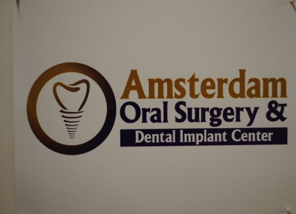 Amsterdam Dental Logo